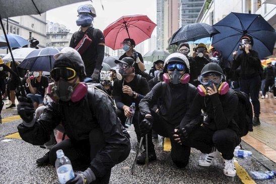 Manifestants à Hong Kong. (Crédit photo : afp , Anthony Wallace)