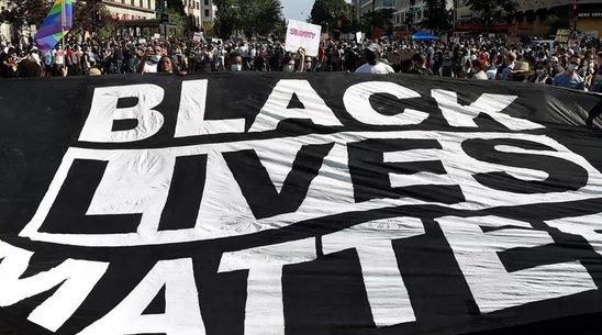 Mouvement Black Lives Matter (Crédit photo : Olivier Douliery, AFP)