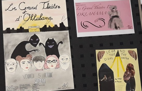 Affiches réalisées par les lycéens de l'atelier théâtre (Crédit photo : © Paul-Erwan Sinaud)