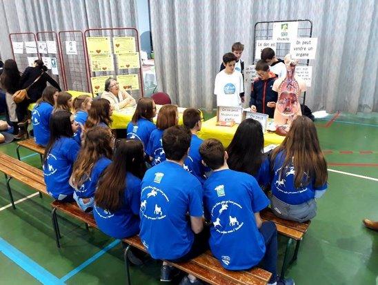 Les élèves de troisième très attentifs aux dons d'organes. (Crédit photo : fv)